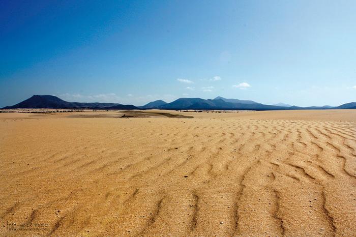 Fotografías de Paisajes en Fuerteventura por Emeyé arena y dunas