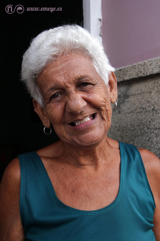 Reportaje Fotográfico Emeyé Mujer cubana